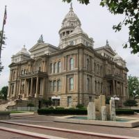 Miami County Courthouse, Трои