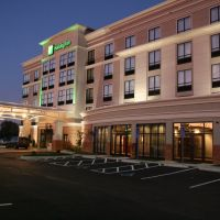 Holiday Inn Columbus-Hilliard, Урбанкрест