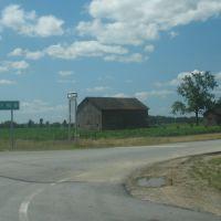 County Road 81, Флетчер
