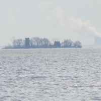 Turtle Island and Davis-Besse nuclear plant viewed from east Erie, Харбор-Вью