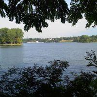 Maumee River, Maumee, Ohio (near Audubon Preserve), Холланд