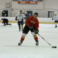 Adult Hockey Game at Northland, Эвендейл