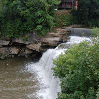 East Falls, Ohio, Элирия