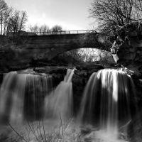Cascade Park - West Falls, Элирия