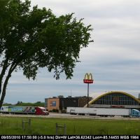 Route 66 - Oklahoma - Vinita - Claimed Largest Mac Donald in the World, Винита