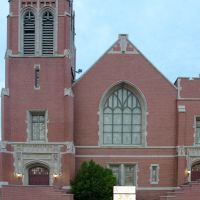 First Baptist, Лаутон