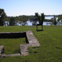Site Of Civil War Fort, Моффетт