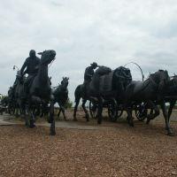 """UN HORIZONTE MUY LEJANO"" . Oklahoma Land Run Monument, Ти-Виллидж"