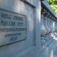 """Conde McCulloughs 1920 Mill Creek Bridge in """"Dalles City"""", Даллес"""