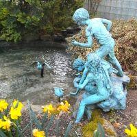 Fountain, Освего