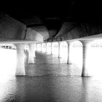 Glenn L. Jackson Memorial Bridge, I-205, Portland, Oregon.  February 27, 2011., Паркрос
