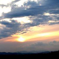 back porch panorama (clouds draped across sunscape), Спрингфилд