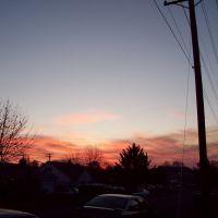 Sunset on E Street, Спрингфилд