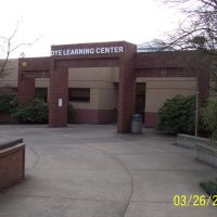 Dye Learning Center, Хеппнер