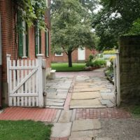 Old Economy Garden Gate, Амбридж