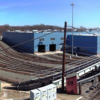 the rail yard of SEPTA 69th Street transfer hub, Аппер-Дарби