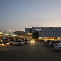 King of Prussia Mall (the largest on the East Coast), Аппер-Мерион