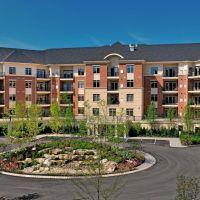 Huntingdon Place Condominiums, Брин-Атин