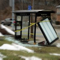Smashed busstop, Грин-Три