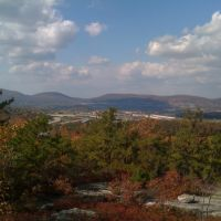 Moosic mountain looking down at Scranton, Данмор