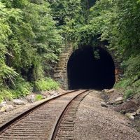 West Entrance of Bradys Tunnel, Ист-Вашингтон