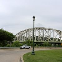 Easton-Phillipsburg Toll Bridge, Истон