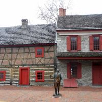 Golden Plough Tavern & Gen. Horatio Gates House, Historic Lincoln Highway, 157–159 W. Market St, York, PA, built 1741, Йорк