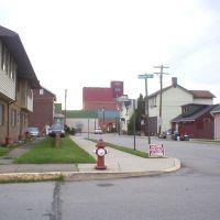 Latrobe (PA) Brewery from Washington & Jefferson Sts., Латроб