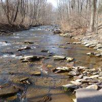 River, Мак-Эвенсвилл