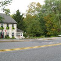 Road,House,Tree, Маунт-Гретна