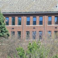 Abandonded Classroom Windows, Маунт-Лебанон