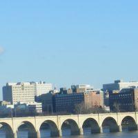 View of Downtown Harrisburg from John Harris bridge (I-83), Нью-Камберленд
