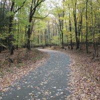 Lake Scranton walking path, fall 2012, Скрантон