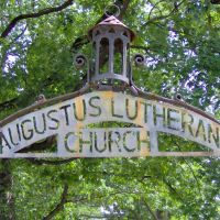 Augustus Lutheran Church, 717 W Main St, Trappe, PA 19426, Трапп