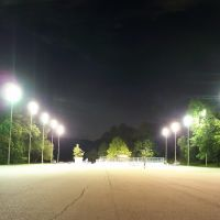 Deck Hockey at Night, Финливилл