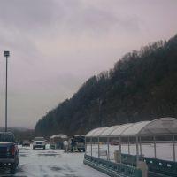 Giant Parking Lot, Хантингдон