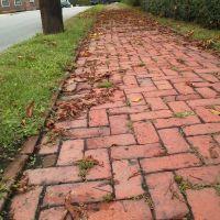 Brick Path Huntingdon, Хантингдон