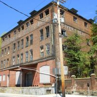 old factory, Allegheny St, Huntingdon, PA 16652, Хантингдон