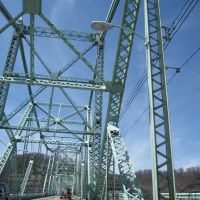 Ambridge Bridge, Экономи