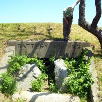 Battery Whiting, Fort Burnside, Beavertail State Park, Beavertail Rd, Jamestown, RI 02835, Варвик