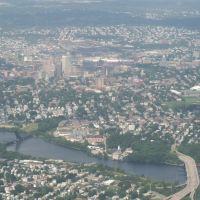 Flying into Providence, Ист-Провиденкс
