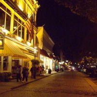 Thames Street by night, Ньюпорт
