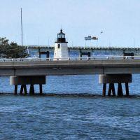 The 10 Lighthouses of Narragansett Bay:  8-Goat Island Lighthouse, Ньюпорт