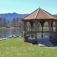 Gazebo at Lake Tomahawk, Блак-Маунтайн