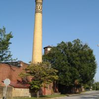 Smokestack in tobacco district, Greenville, NC, Гринвилл