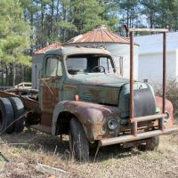 An old International Harvester truck, Дрексель