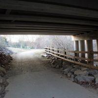 Under bridge, Индиан-Трейл