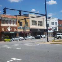 Downtown Newton - Main and E 1st St, Ньютон