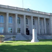 Rutherford County Courthouse - Rutherfordton, NC - Built in 1950, Рутерфордтон