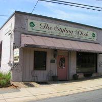 The Styling Deck Salon, Рутерфордтон
